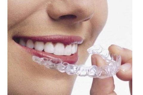 梦见摘掉牙套(图1)